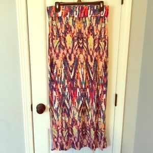 Maxi skirt with side slits.  Size medium